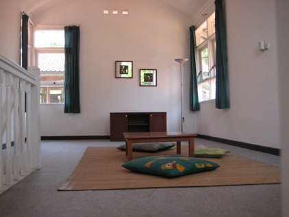 Ruang atas (Mezanin) type Bandulu&Karang Bolong